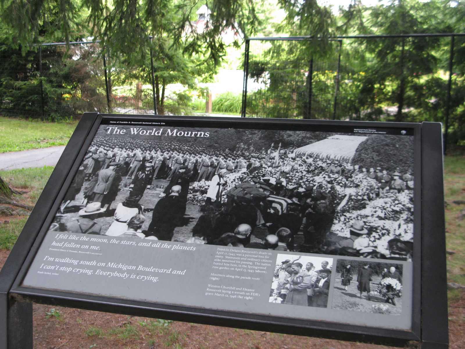 Informational plaque about the Roosevelt's Rose Garden, Home of FDR National Historic Site
